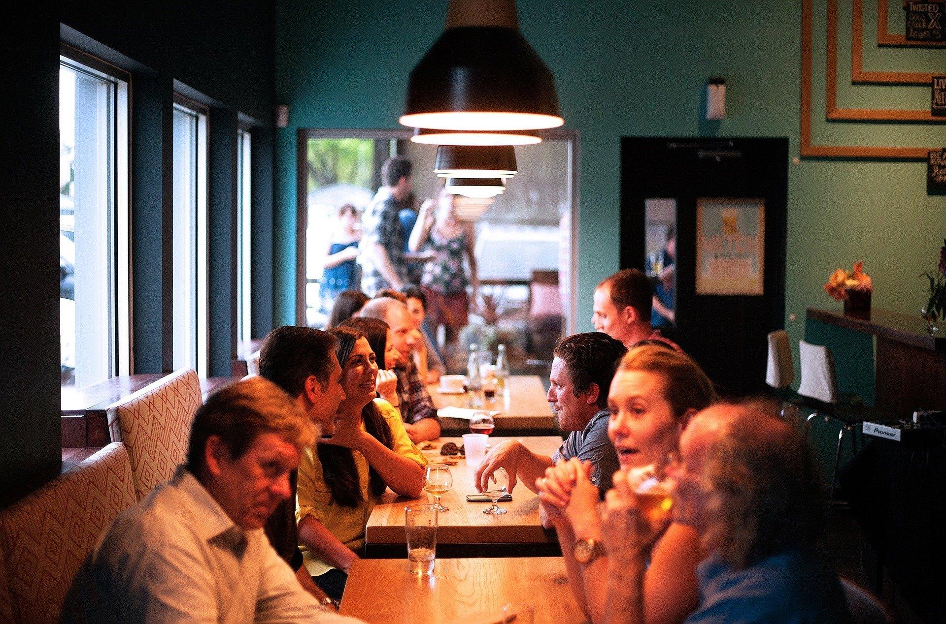 Нижегородские рестораторы намерены оплачивать парковку своих посетителей - фото 1