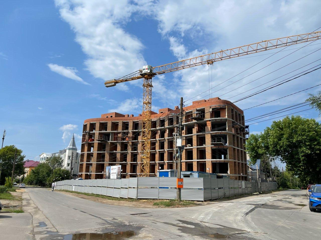 Минстрой назвал объем строящегося жилья в России